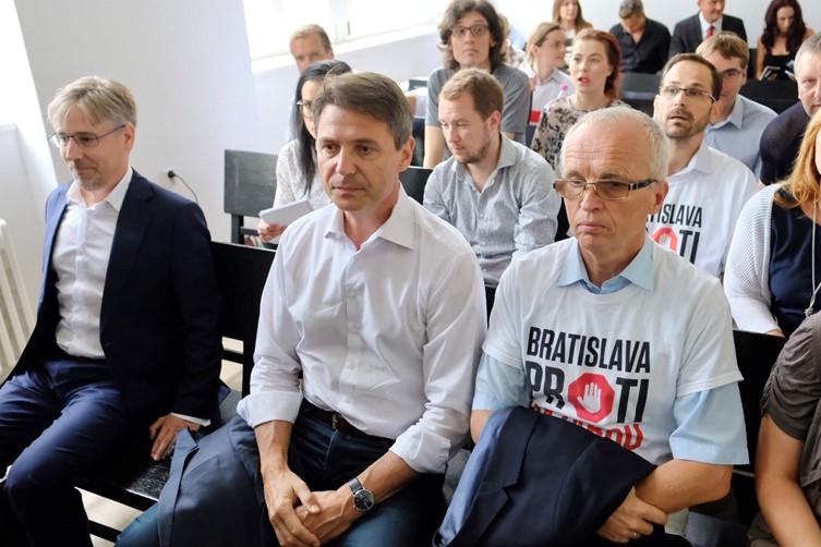Bezmocní Bratislavčania