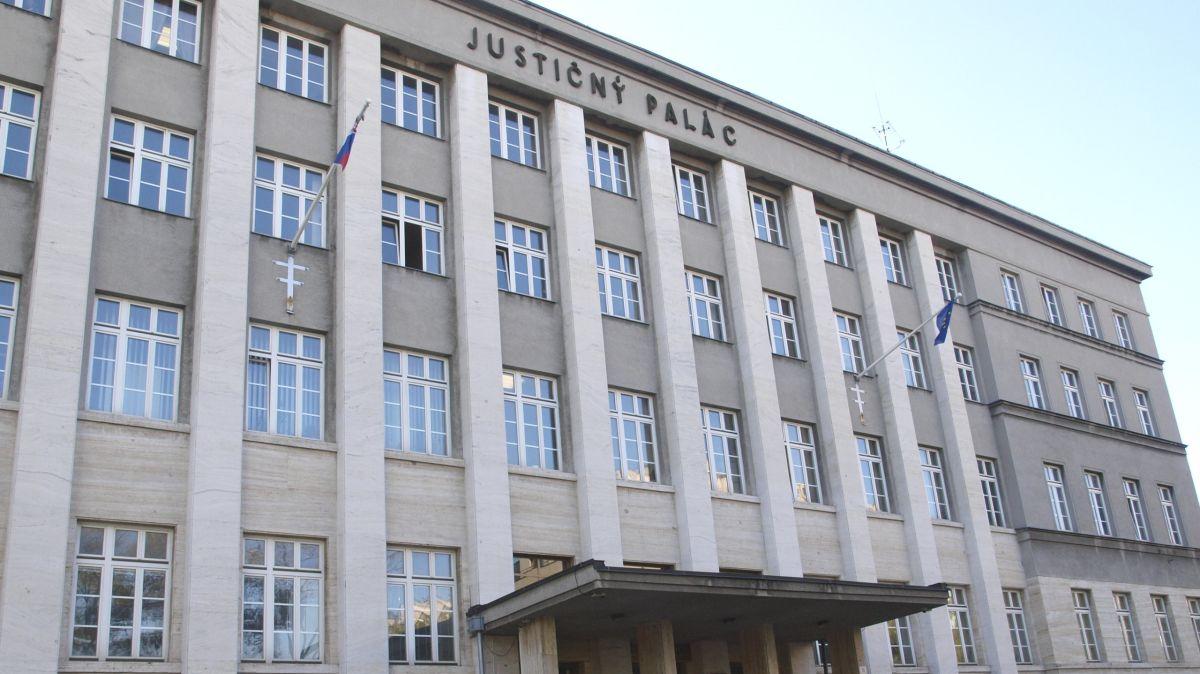 súdny spor