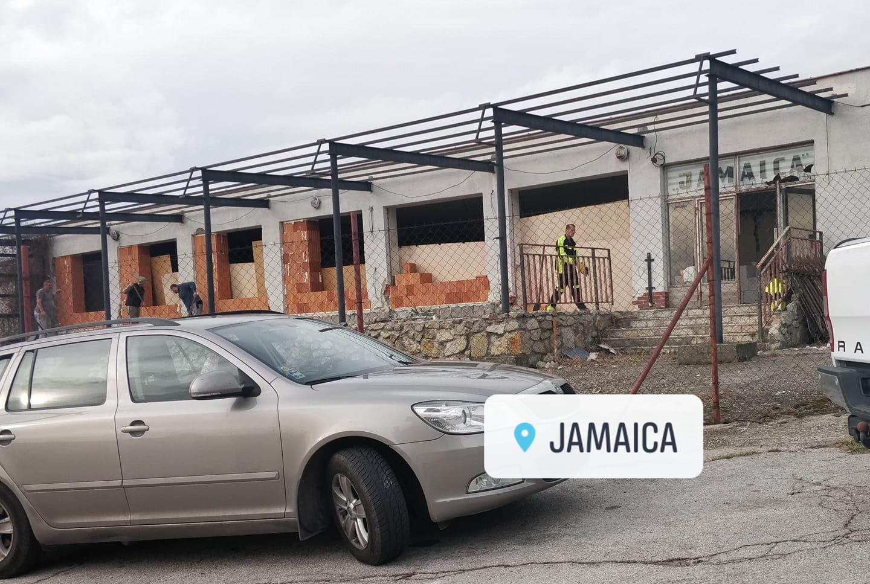 Ožije po rokoch Jamaica
