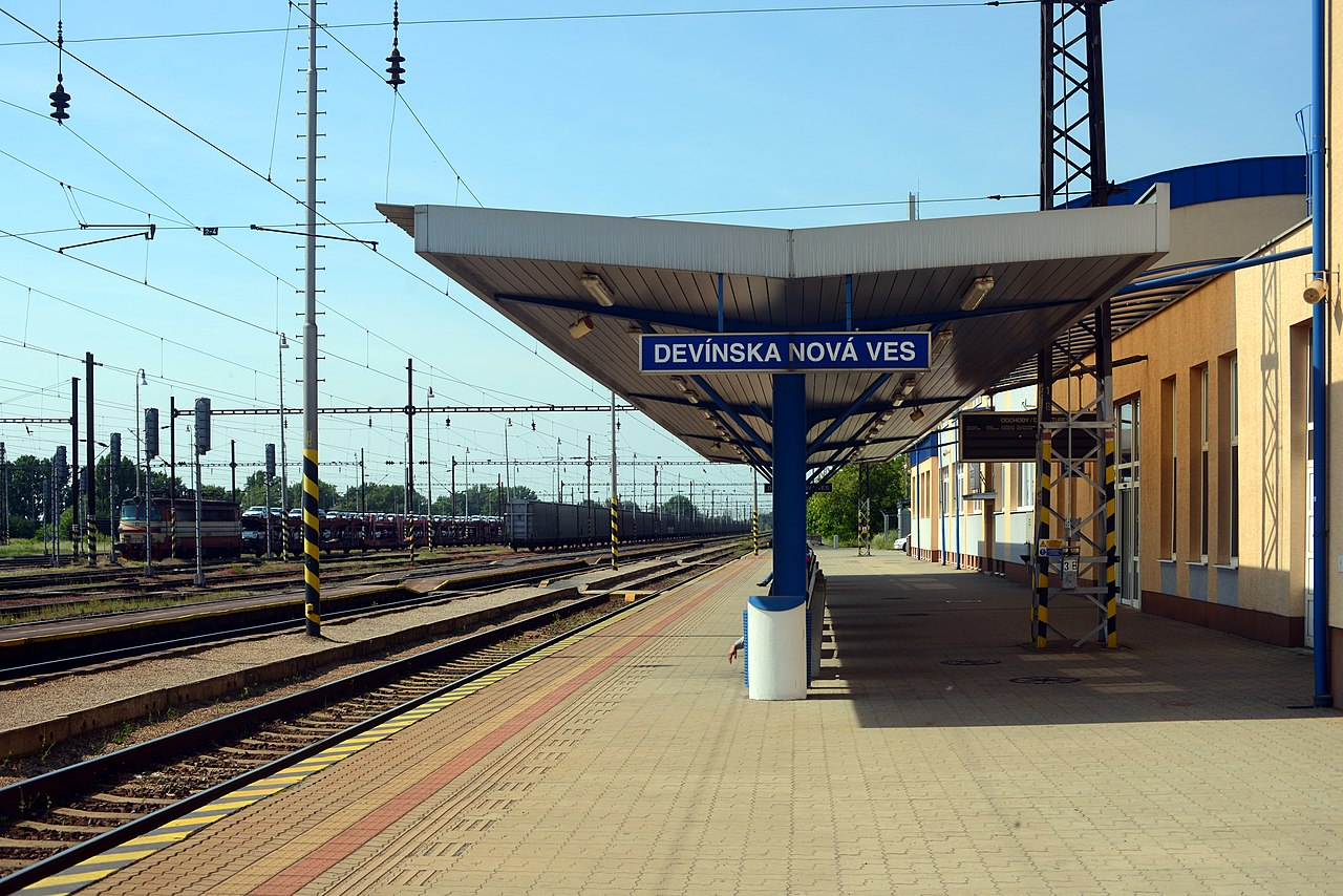 medzištátna vlaková doprava
