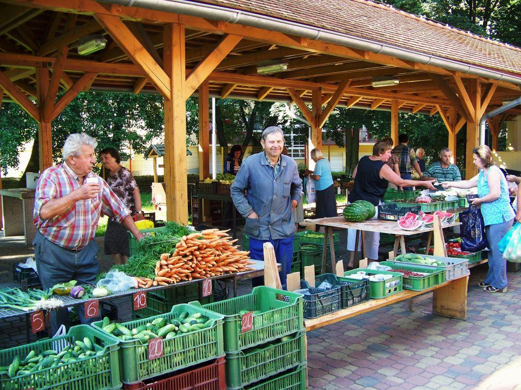 farmársky trh v devínskej